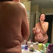 Hot mature wife wants to show you everything