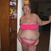 Mature amateur BBW showing off in pink panties and bra