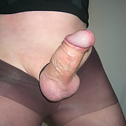 Wearing tights for the first time giving me a stiffy