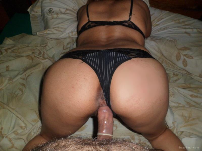 British MILF Sophie Dee Licks Wet Pussy
