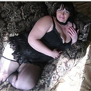 Russian mature whore Valentina is horny for bull to take her hard