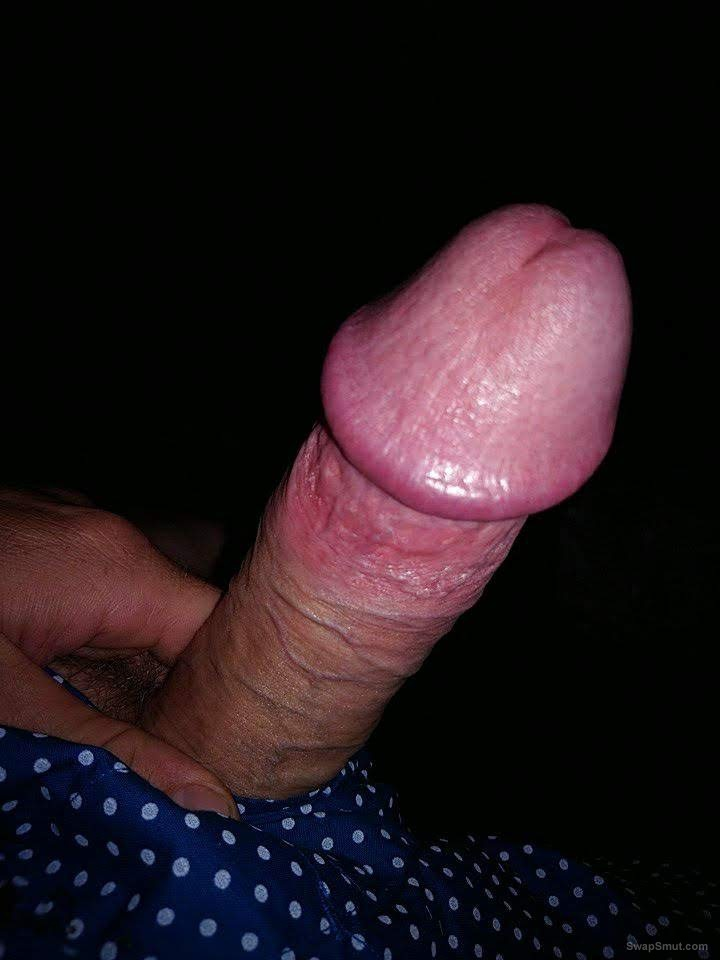 Just a few more of my dick if find it hot sharing