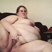 Fat Crystal Exposed Online Look At Her BBW Body revealed