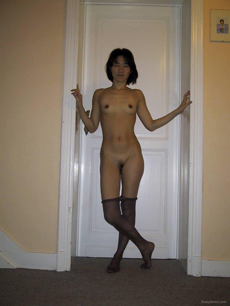Asian amateur hotwife