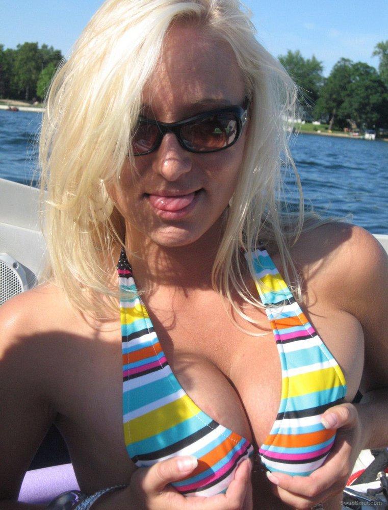 Bikini boat top