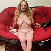 Sexy Pinky Naked Mature Amateur one of may favorites