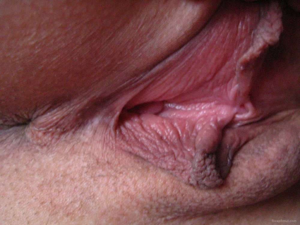 Close Up Pussy Eating Squirt