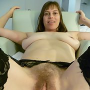 Hairy milf cunt likes to show off