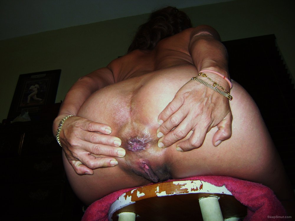 Mellie's Big Juicy Ass spread open wide for you to view
