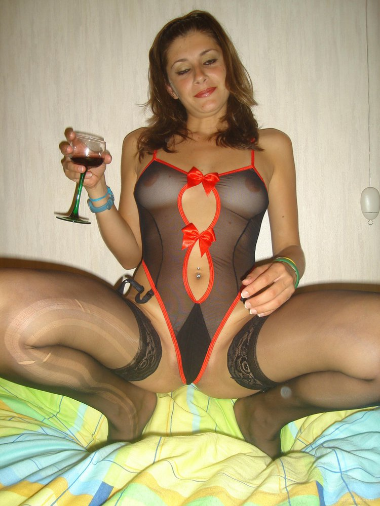 Have a look at my girlfriend hot sexy lingerie pics