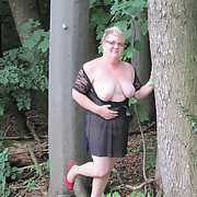 Outdoor Fotoshooting with Lingerie Flashing Breasts and Vagina