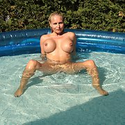 Fun in the pool in summertime gave lovely sex pics