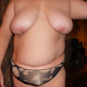 Sexy Wife has great 44DD cups and a sexy round ass
