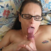 Mature slut with glasses is enjoying a cock